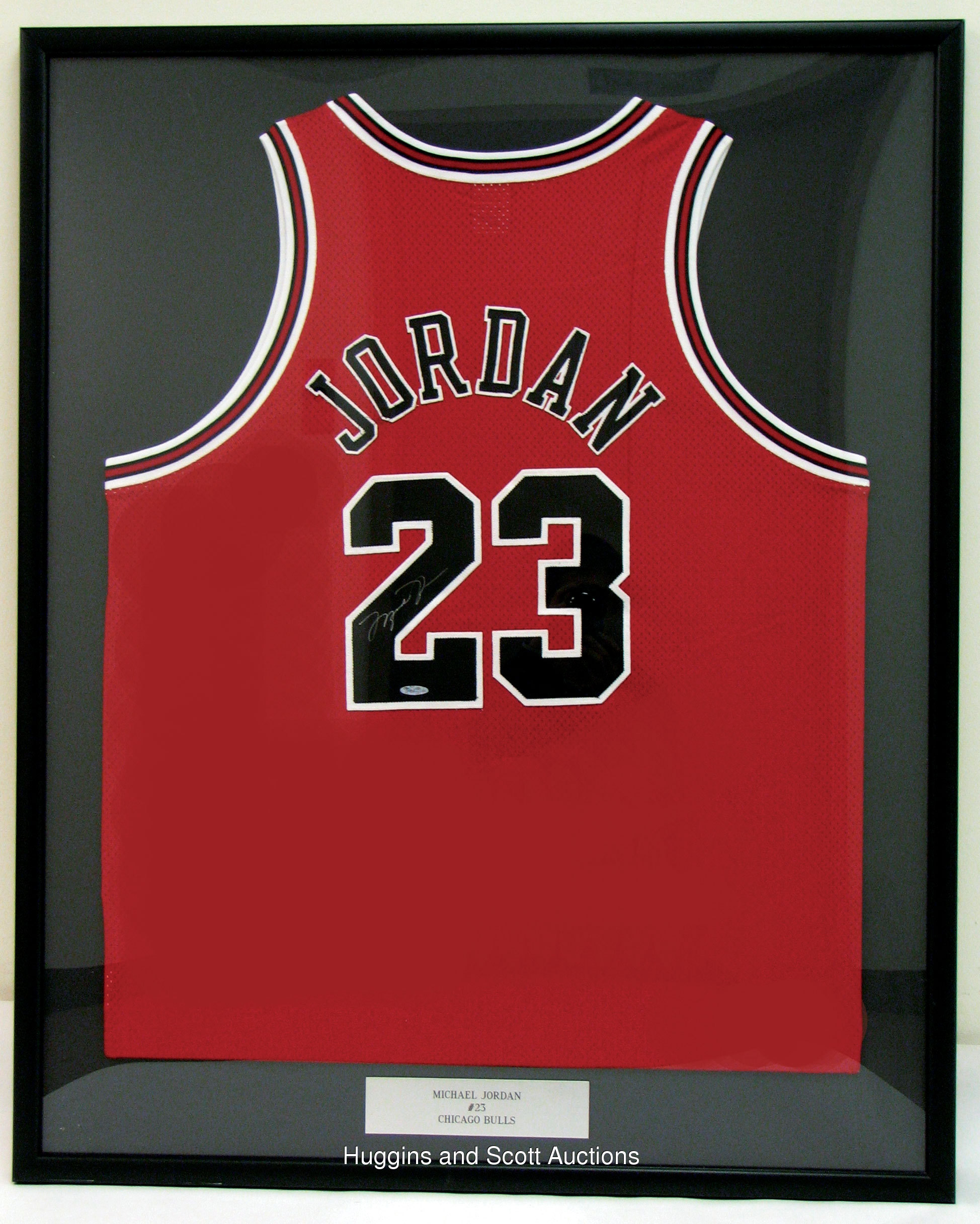 uebduy Chicago Bulls #23 Michael Jordan Red Black Drift Fashion NBA